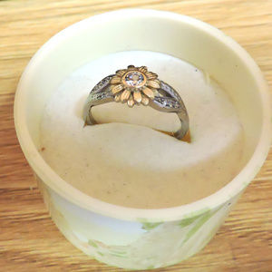 Two Tone Sun Flower Ring size 7 .. sterling silver